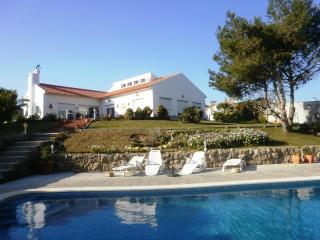 Villa with large pool near the beach in Ericeira