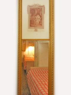 Mirror in the single beds room
