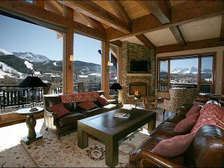 True Mountain Luxury - Close to the Gondola, Golf & Hiking (6704)
