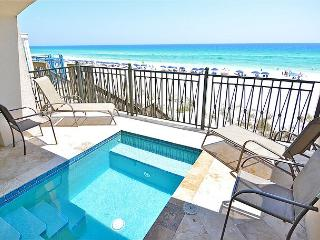 PRIVATE POOL AND BEACH, SLEEPS 16!  $175 OFF NOW, 3 NIGHT MIN, Miramar Beach