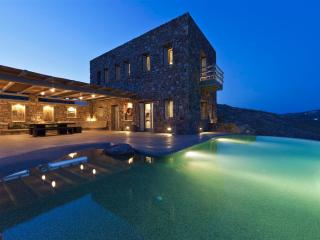 Rocky Retreat 2 - Mykonos Luxurious Retreat Villa
