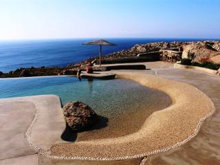 24 Guests Retreat Estate, Mykonos