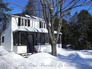 Country living in scenic Hudson, Quebec, Oka