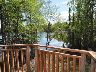 Traditional Cabin with Beautiful Lake View, Kenai