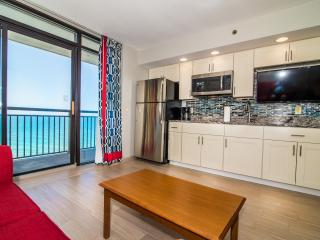 *New* Updated oceanfront condo with 5 pools