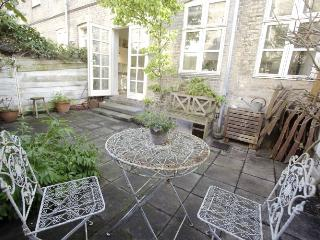 Wonderful Copenhagen apartment with private garden