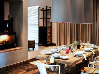 The dining area and fireplace.