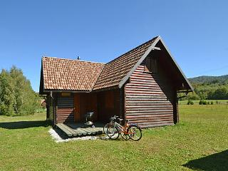 Secluded chalet near Fuzine