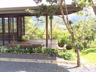 Casa ecológica en las montañas de Panamá, El Copé