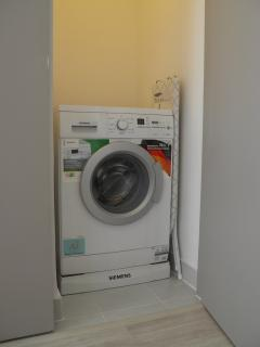 Private and independent washing machine