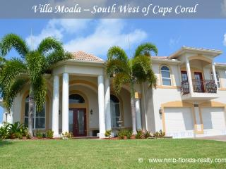 Villa Moala - gulf access - wheelchair accessible, Cape Coral