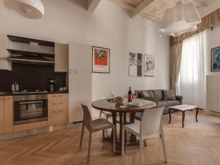 Spada 1 Bedroom Vacation Apartment in Florence
