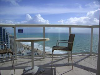 Hilton Fort Lauderdale Beach Resort - 21st floor s