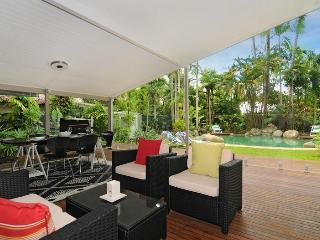 Fabulous  house on four mile beach, Port Douglas