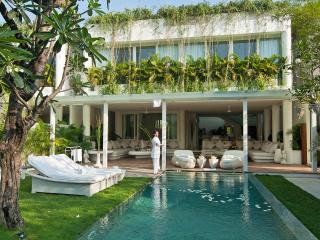 EDEN, residence at the sea, 3 bedroom, Seminyak