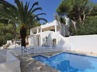 3 bedroom Villa in Es Cubells, Ibiza : ref 2135566