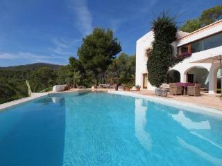 3 bedroom Villa in San Carlos, Balearic Islands, Spain : ref 5047359