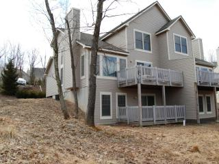 Ski Camelback 4 Bedrooms/3 Full Baths/Free Wifi