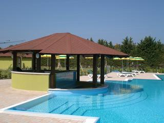 Studio apartment with Wifi, on resort, close to beach, Pizzo