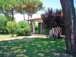 Villa al piano terra con giardino angolare e patio, Lido delle Nazioni