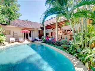 Unique Strategic Villa with Private Pool, Seminyak