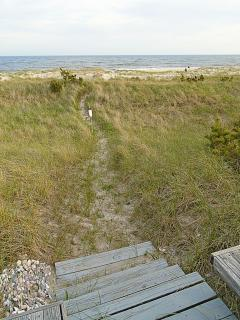 Walkway from house to beach
