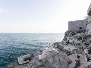 Beach bar Buža apartment 1, Dubrovnik