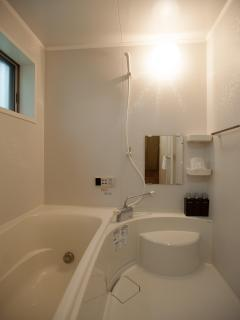 Unit Bath and Shower
