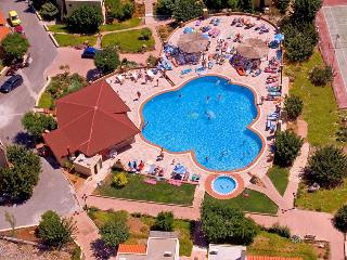 2 Bedroom Apartments in Crete, Koutouloufari