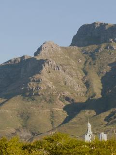 Devil's peak, view from company gardens
