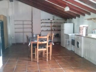 amplio apartamento estudio (ciudad vieja) Polop, alc., Xirles