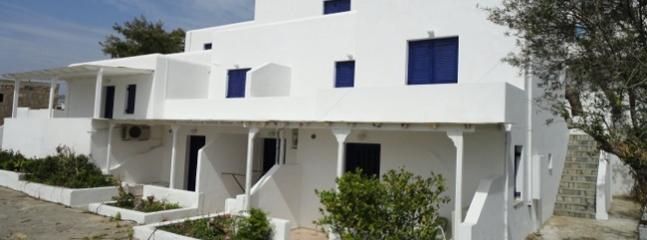 Pefka studios Paros - 2 room apartment for 4 persons