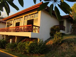 Ocean View-3 bed/3bath Villa in gated Resort, Playa Hermosa