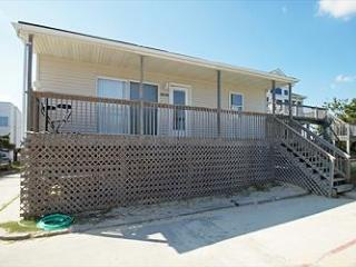 Beach House 3br 1ba 65 steps from the beach