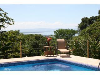 Casa de Ventanas, Ojochal, Costa Rica, con vista al mar