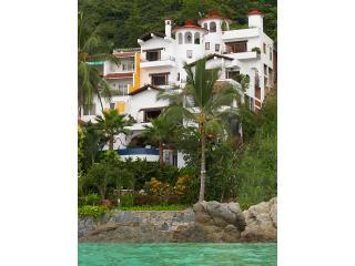 Casa Carole Luxury Beachfront Villa Full Staff, Puerto Vallarta