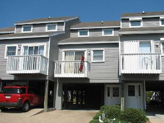 The Dawg House (Unit# 24): Community Pool, Tennis Courts, Close to the Beach, Port Saint Joe