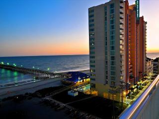 Oceanfront condo-full kitchen, garden tub, resort amenities, @ fishing pier, North Myrtle Beach
