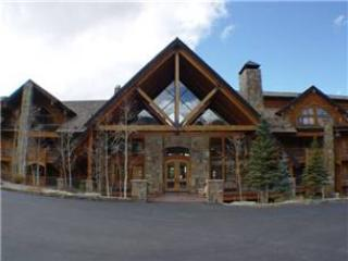 Bear Creek Lodge 307