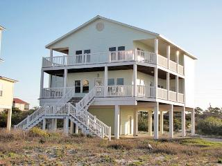 4 bedroom, pet friendly home with community pool shared by only 5 homes, Cape San Blas