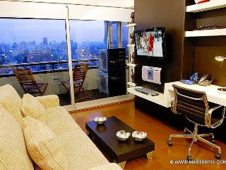 Living room with LCD TV with English Cable Package with workdesk with wi-fi Internet