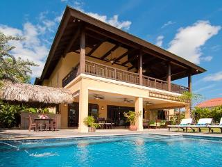 Montego Bay Beach Villa gated community/Tennis/Gym