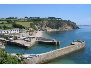 Appletree House Charlestown detached house-6people Poldark! nr Eden,5mins beach