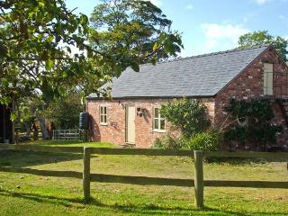 LITTLE PENTRE BARN, character holiday cottage, with pool near Overton-on-Dee