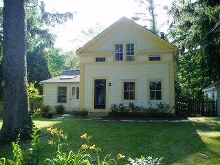 Renovated Early 1800s Greek Revival Farmhouse, Stockbridge