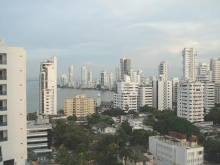 COZY AND BEAUTIFUL 2  BEDROOM  APT - BEST DEAL, Cartagena
