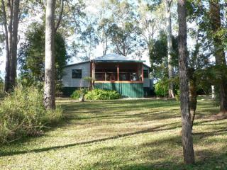 Bushland Cottages & Lodge - Birdwing Cottage