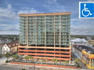 2nd row pricing with wonderful ocean view, Luxury 3 br / 3 ba. Flat screen TV, North Myrtle Beach