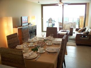 Main dining-living room