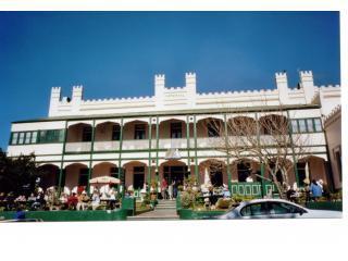 Historic Imperial Hotel Mt Victoria